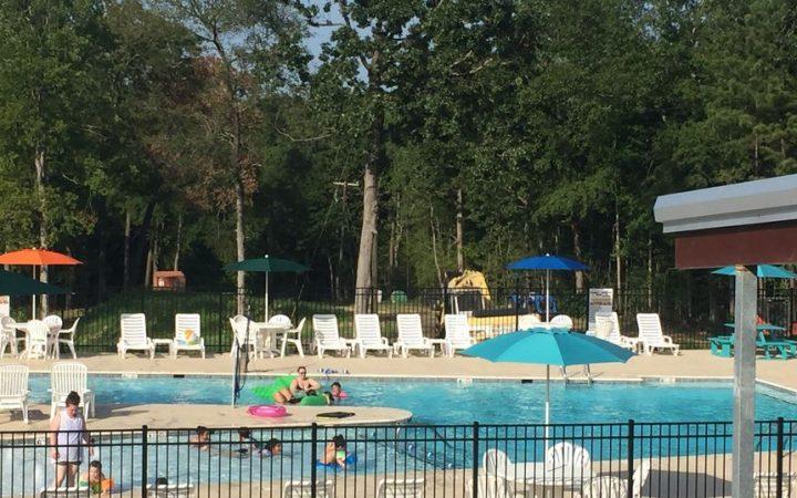 Daytime photo of the pool at Toledo Bend RV Resort