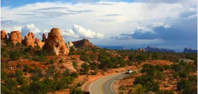 Road winding through Utah deserscape