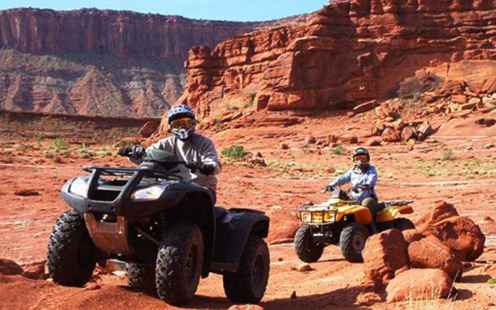 Two Quads roaring through the Utah desert