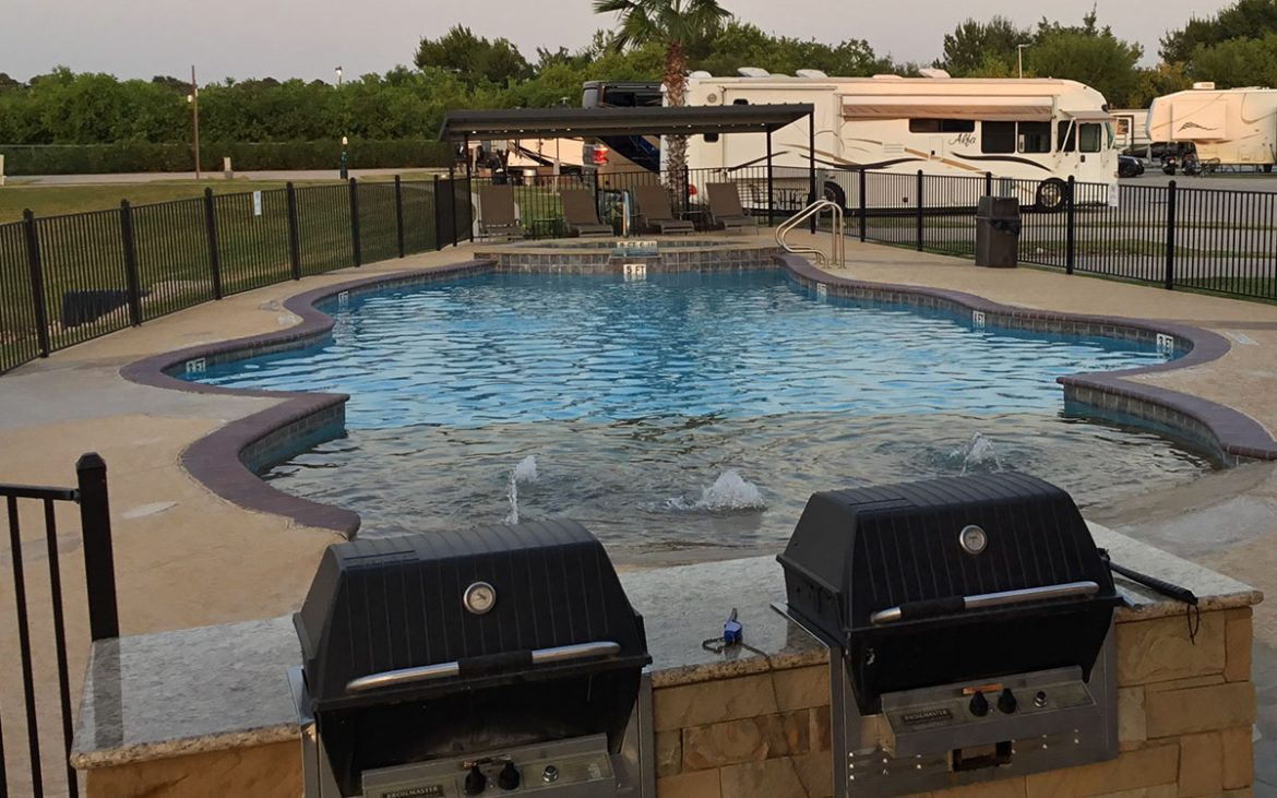 Pool at Katy Lake RV Resort