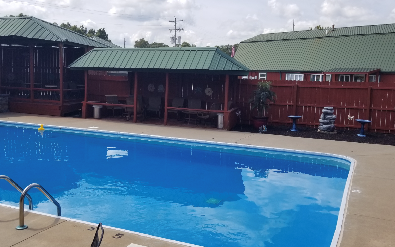 Clear community pool