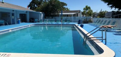 winter camping in Florida paradise — laying out by the pool