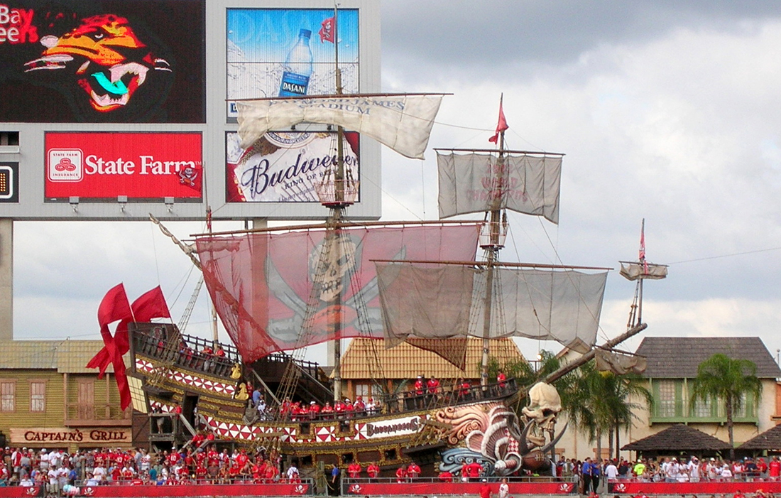 Pirate ship replica with Tampa Bay Buccaneers fans.