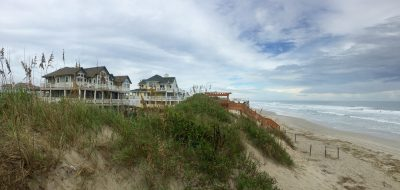 Large oceanfront homes in Outerbanks