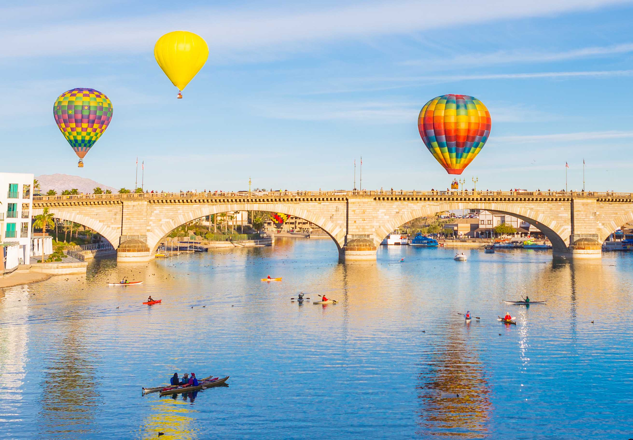 Lake Havasu balloons and kayaks.
